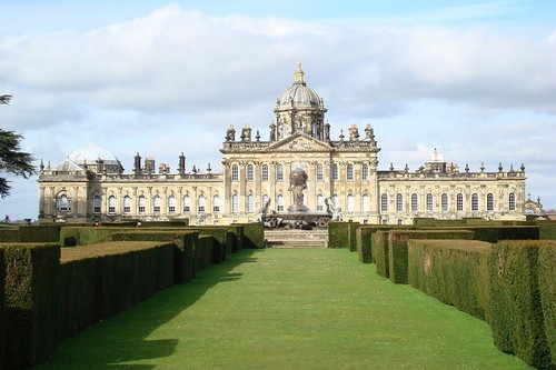 10 Gorgeous Castles in England
